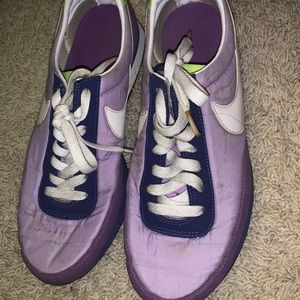 Size 8 Nike Sneakers